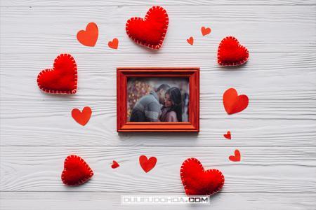 PSD Mockup khung ảnh tình yêu - Psd ghép ảnh vào khung đẹp mới nhất